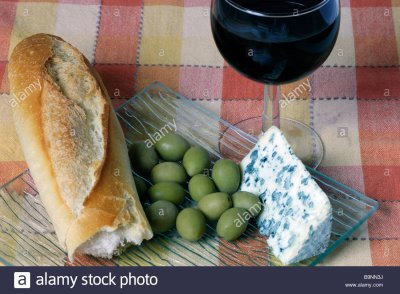 bleu-d-auvergne-cheese-bread-wine-and-green-olives-B9NN3J.jpg