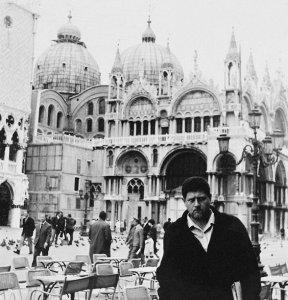 Ο Μαέστρος του Μαλαμόκο στην Πλατεία του Αγίου Μάροκυ, κάπου στα 60s