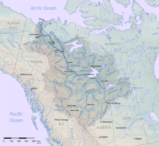 1024px-Mackenzie_River_basin_map.png