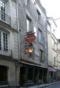 250px-Paris-Auberge-Flamel.JPG