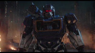 Transformers-Bumblebee-Movie-Trailer-01817.jpg