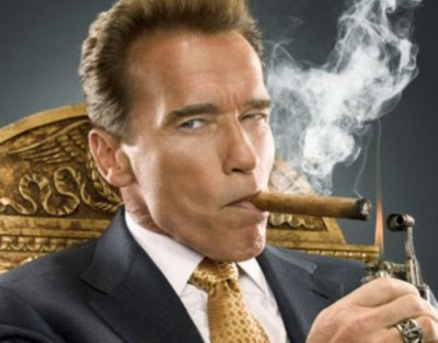Arnold-Schwarzenegger-and-cigar.jpg