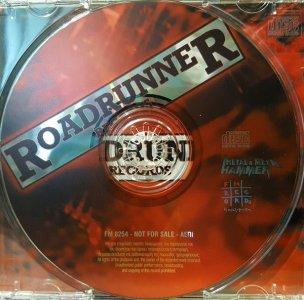 RacingWithTheDevil_Label.thumb.jpg.399371efe1c3b205371607f6fee3f5ae.jpg