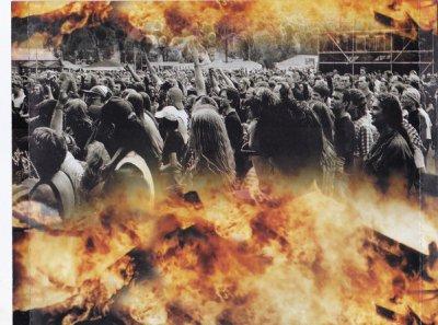 Riot-RiotLive_BackInside.thumb.jpg.523e3491bfc97fa464634a9d4c680b1a.jpg